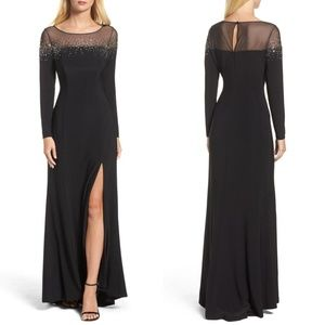 🆕 VINCE CAMUTO EMBELLISHED JERSEY GOWN
